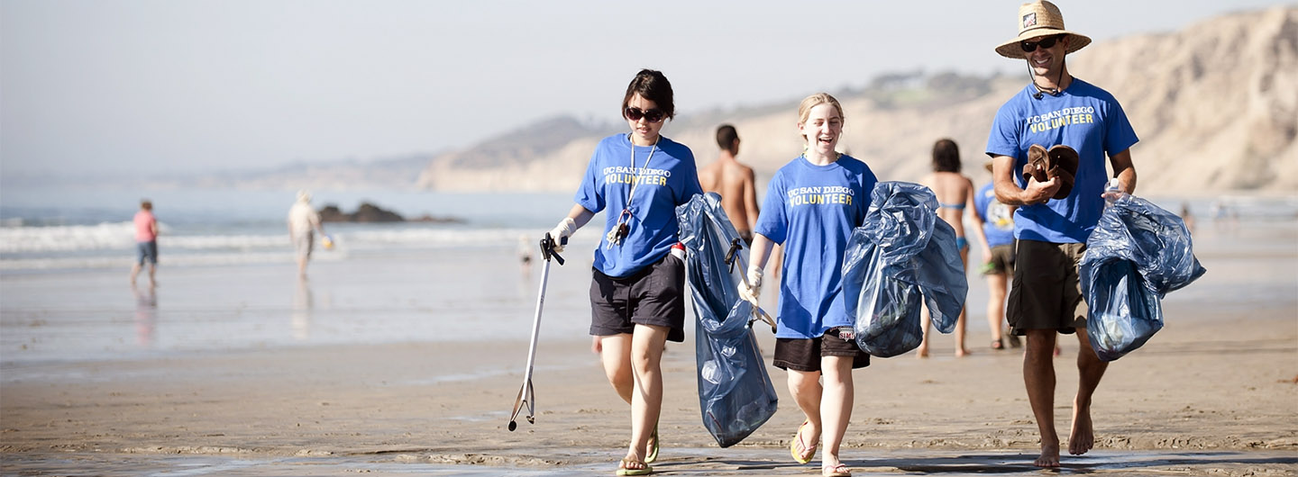 UC San Diego students working on the beach - a community service project